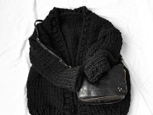 gilet noir tricoté