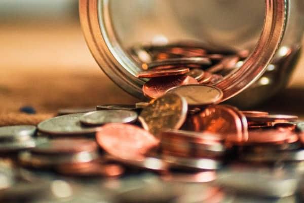 pièces de monnaie entassées