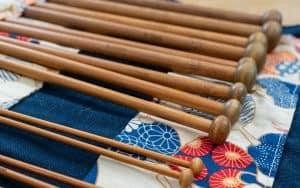 aiguilles à tricoter en bois