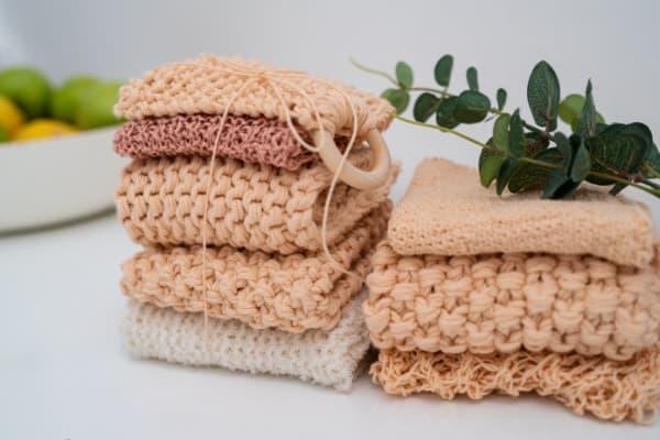 torchons en tricot rose