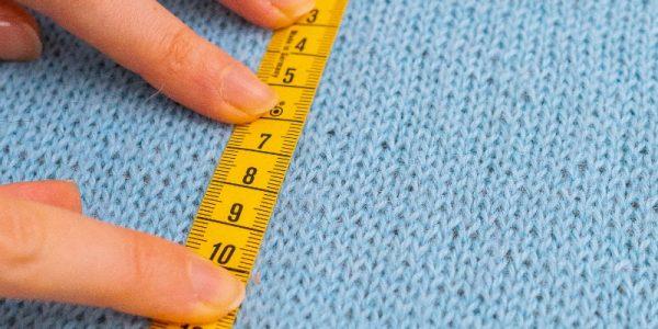 echantillon-au-tricot-faire-comment-pourquoi-en-tete