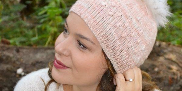 modele-tricot-bonnet-femme-aiguille-4-en-tete